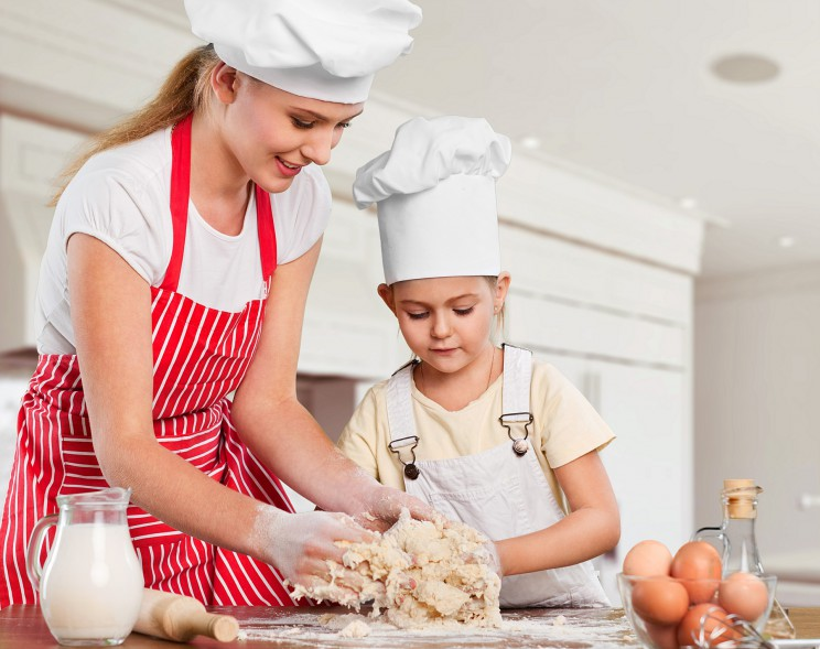 how to balance motherhood and work
