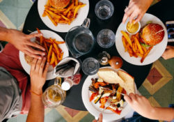what not to eat in restaurants